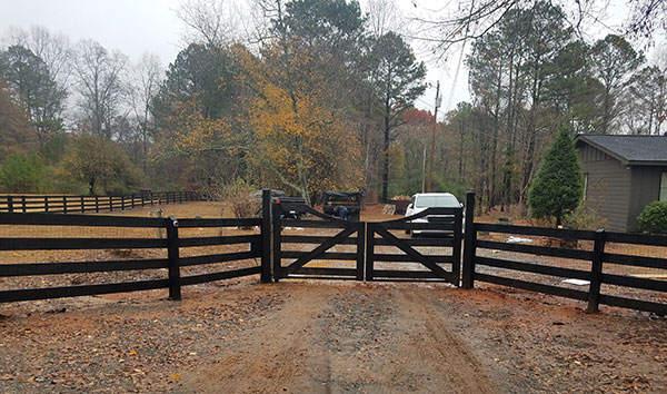 electric-fence-gate